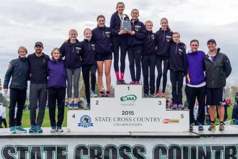 2015-state-girls-4th-place-team-podium