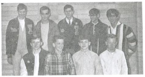 xc-team-picture-1966-yearbook